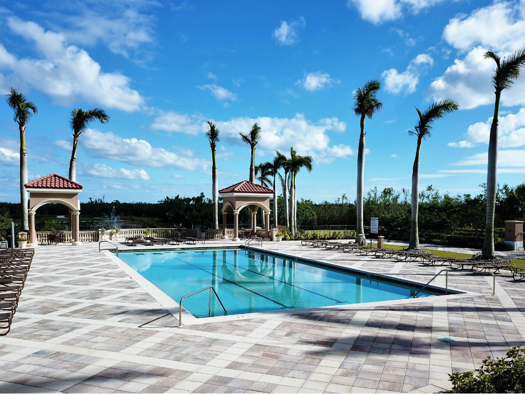 Golf Resort Condo - Aversana- Naples, FL